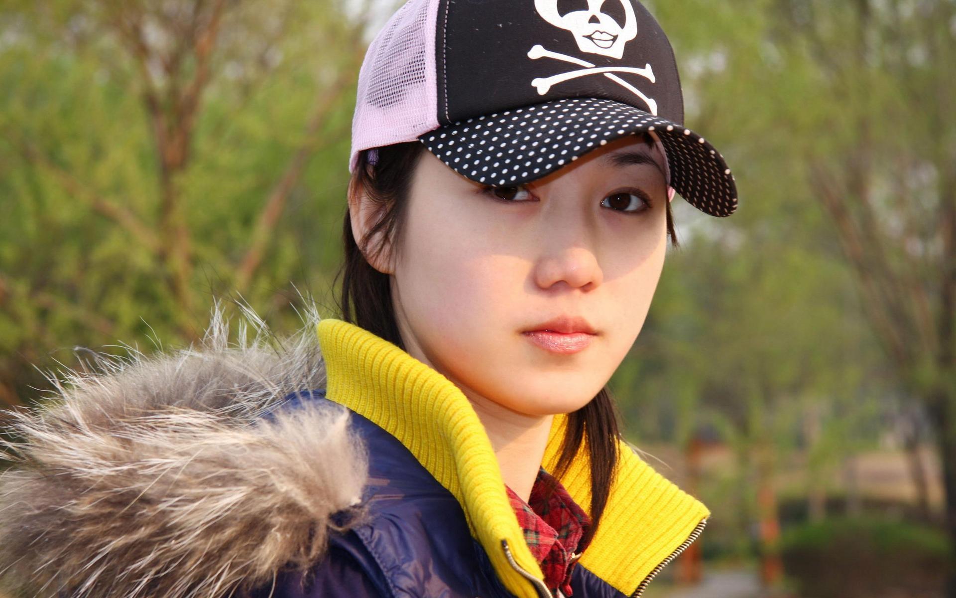 2007年5月6日 中国第一裸模张筱雨爆红